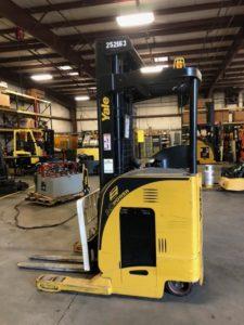 Yale NR040 lift truck